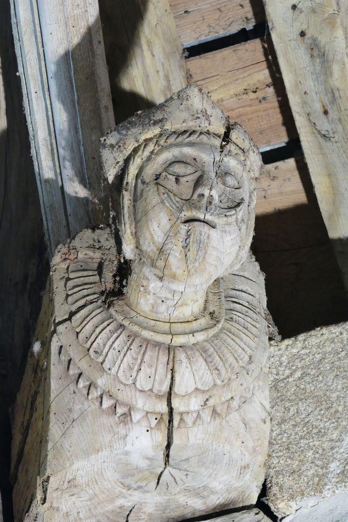 Charpente du sud de la nef de la chapelle Saints Côme-et-Damien, Saint-Nic. Photographie lavieb-aile juin 2018.