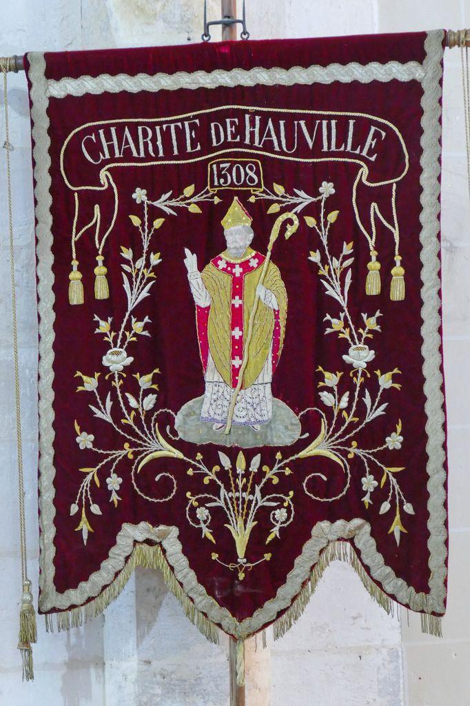 Bannière de l'église de Hauville. Photographie lavieb-aile 25 août 2018.