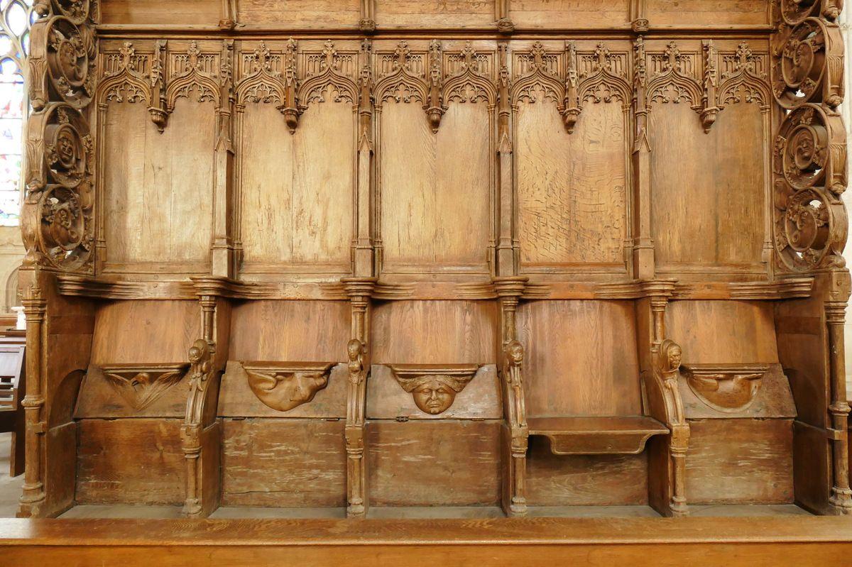Stalles (XVIe s.) du prieuré de Bourg-Achard, église saint-Lô. Photographie lavieb-aile 25 août 2018.