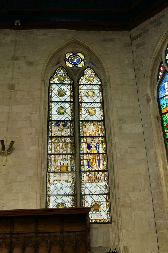 Baie 3 (2eme quart XVe) de l'église de Bourg-Achard. Photographie lavieb-aile 25 août 2018.