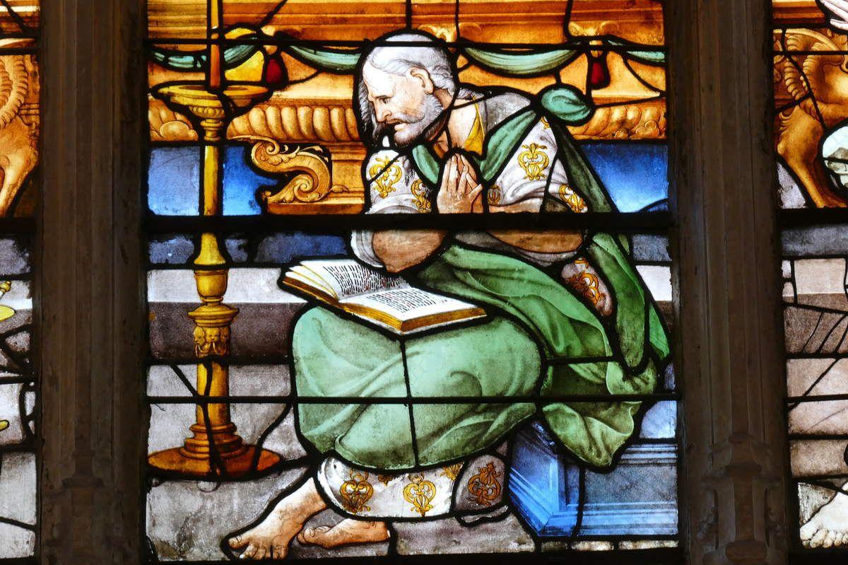 Verrière de l'Assomption (vers 1535), baie 10, église de Pont-Audemer. Photographie lavieb-aile août 2018.