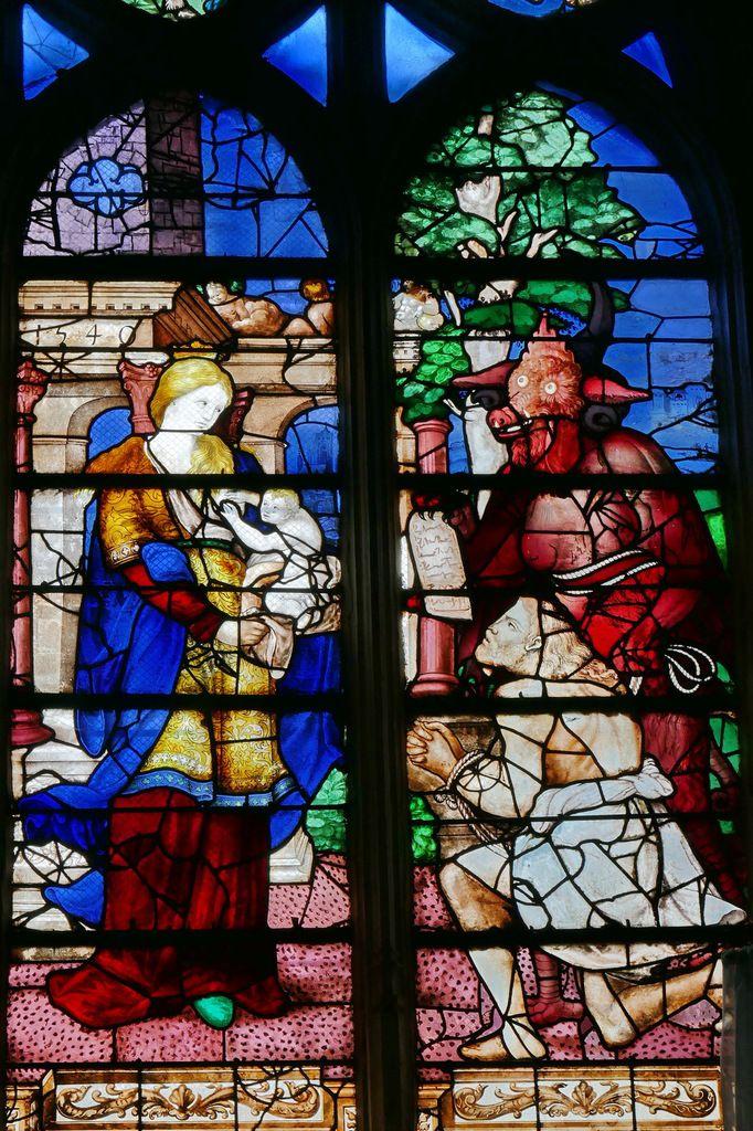 Verrière de la Vierge, (Romain Buron ? 1540), baie 18, collégiale Notre-Dame du Grand-Andely. Photographie lavieb-aile août 2018.
