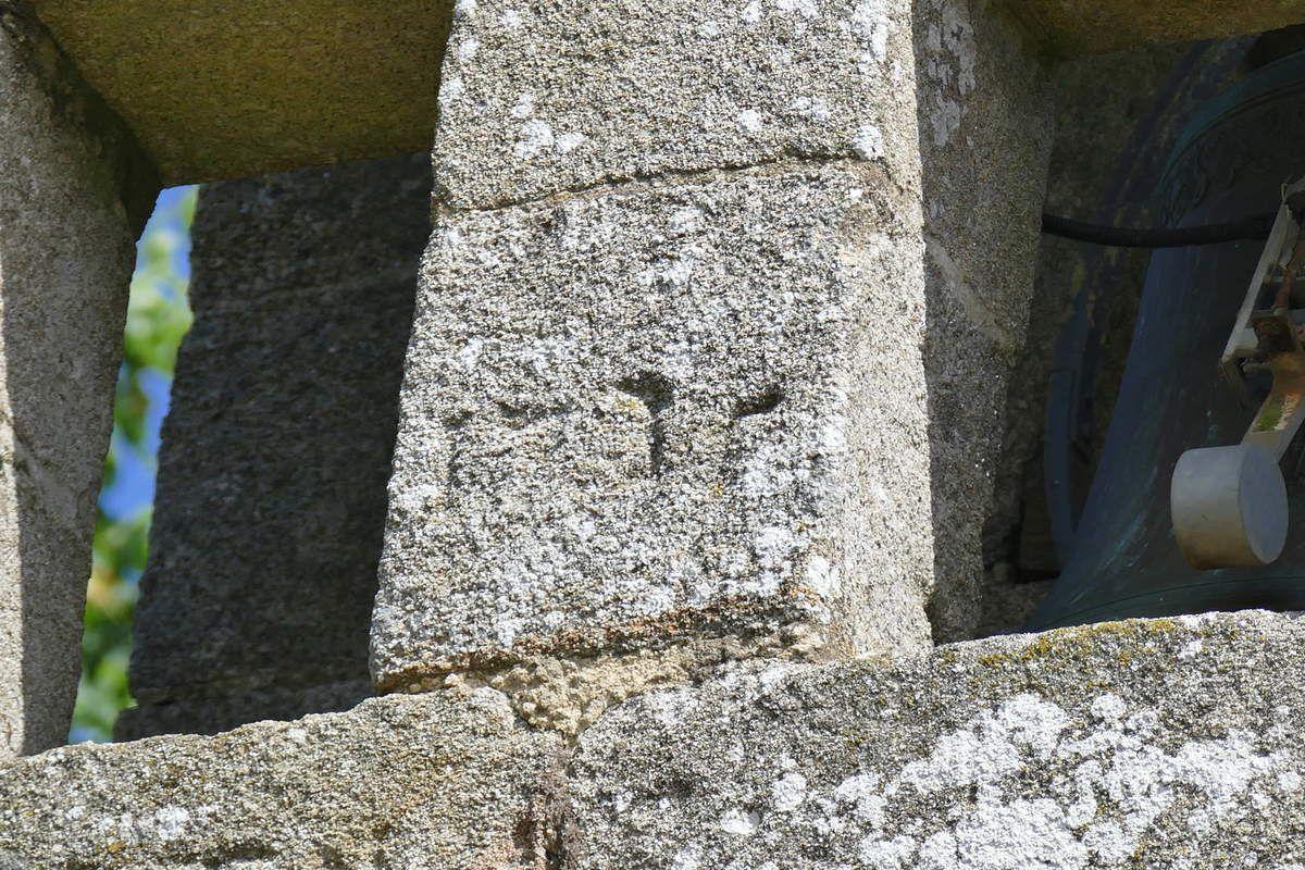 Inscriptions de l'église Saint-Méen de Plouéven. Photographie lavieb-aile 8 juin 2019.