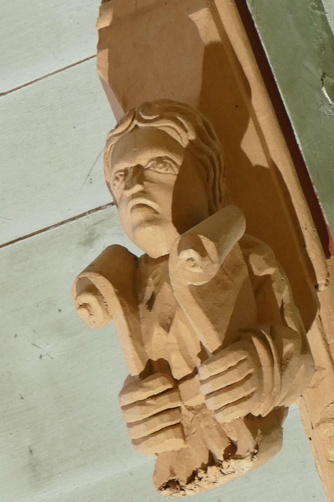 Sablières du chevet de l'église Notre-Dame de Roscudon à Pont-Croix. Photographie lavieb-aile.