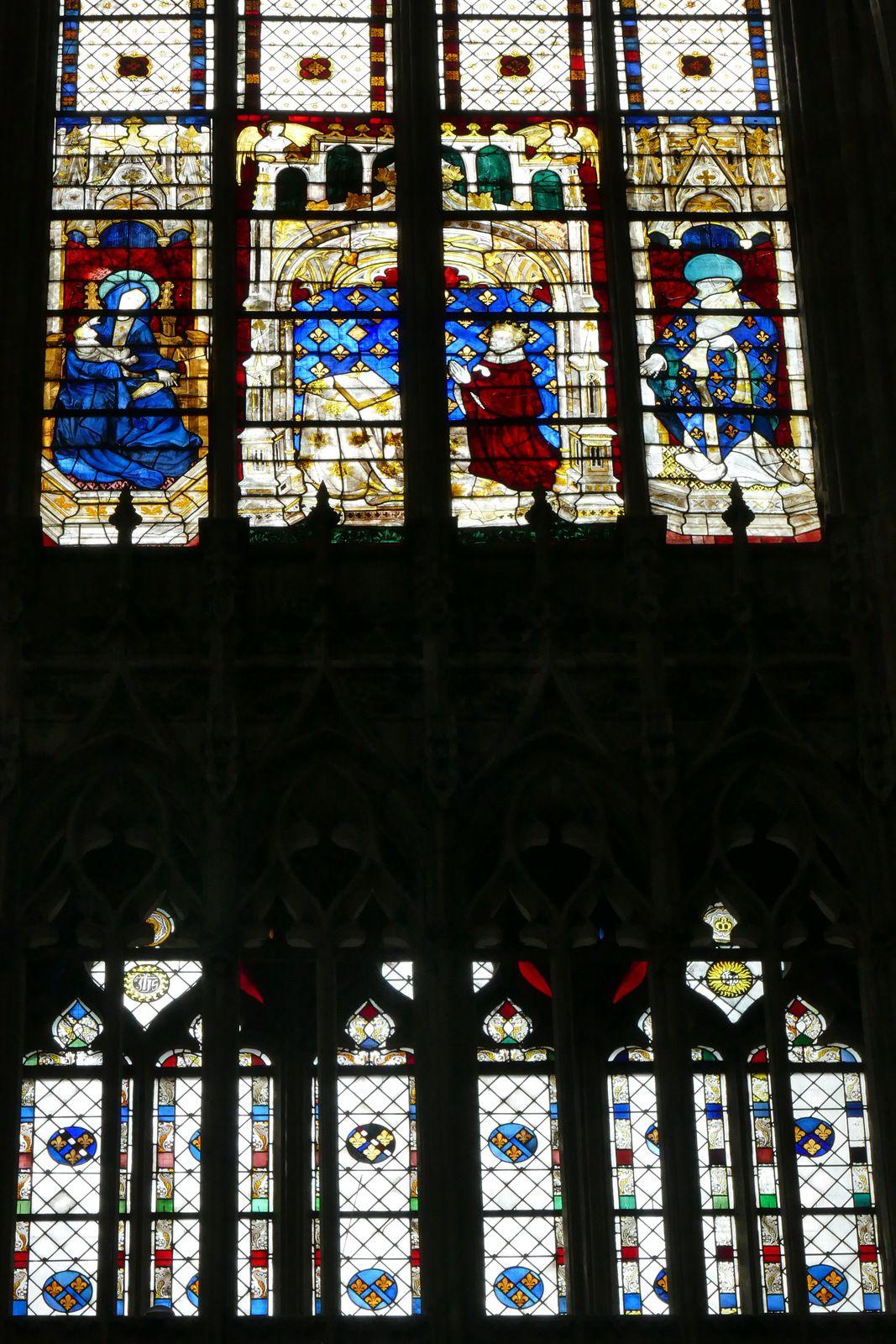 Baies 210 et 110  du chœur de la cathédrale d'Évreux. Photographie lavieb-aile.