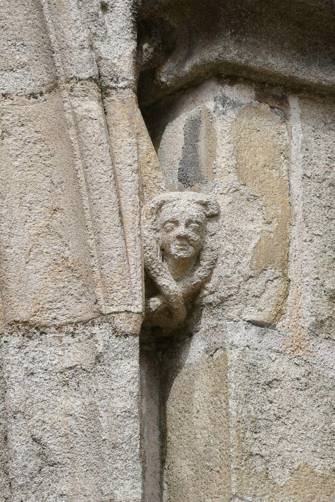 Porche sud (1424-1433) de la cathédrale de Quimper. Photographie lavieb-aile.