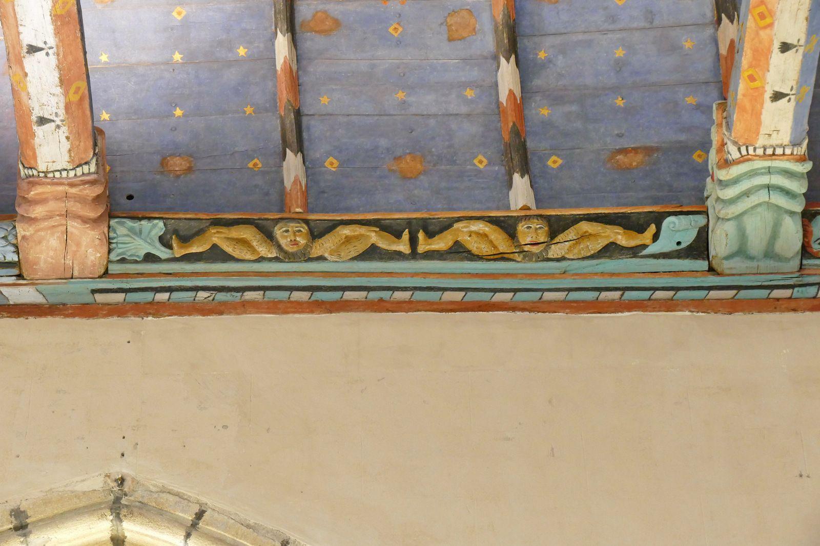 Sablières sud (1559) de la nef de l'église de La Roche-Maurice. Photographie lavieb-aile.