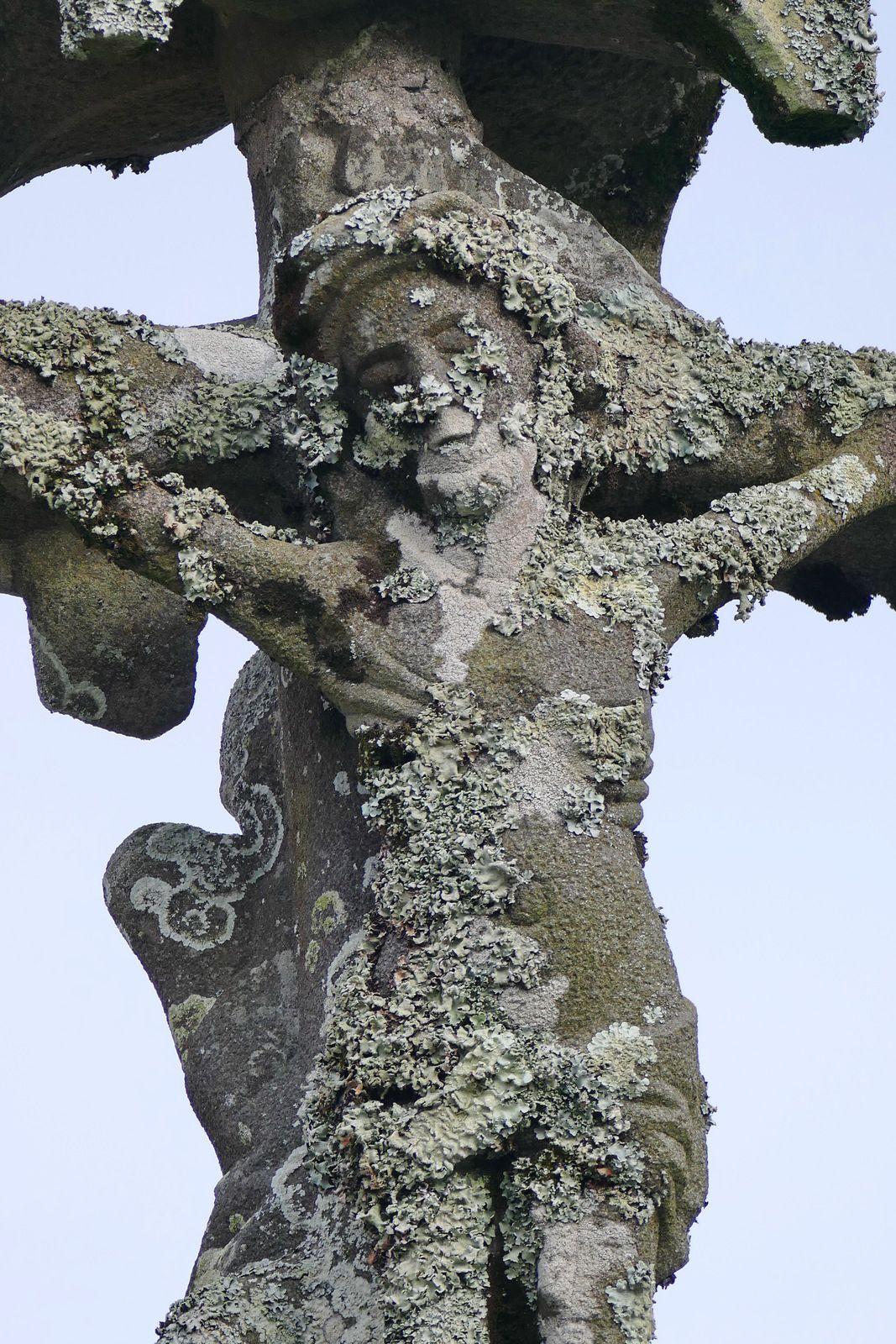 Calvaire de l'église d'Argol. Photographie lavieb-aile.
