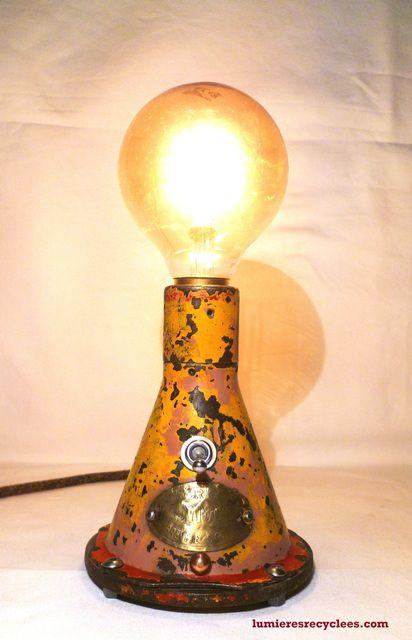 """"""" La Cric Levtout """" - La lampe Pop art factory - 95 euros"""