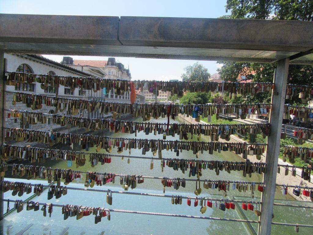 Le pont des cadenas, comme à Paris