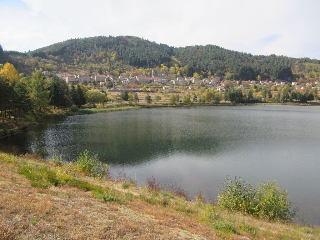 Le lac de St Martial