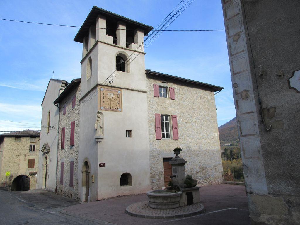 Oriol en Royans , place de la Fontaine
