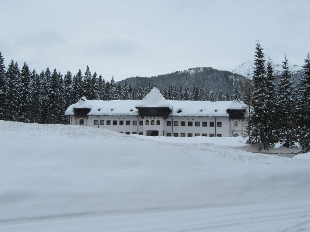 La station qui accueille la coupe du monde de biathlon