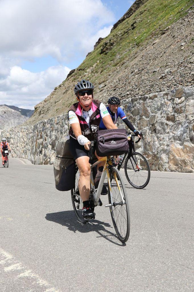 """Arrivées au sommet + descente, les photos du photographe """"Foto Stelvio"""""""