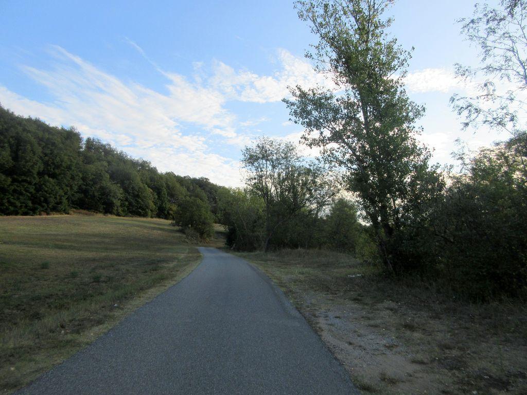 La vallée du Chalon ... une route en  faux plat montant très calme