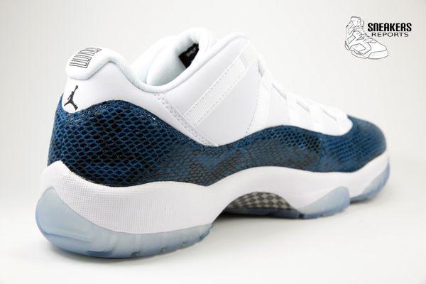 Nike Air Jordan XI Low  rétro Navy Snakeskin