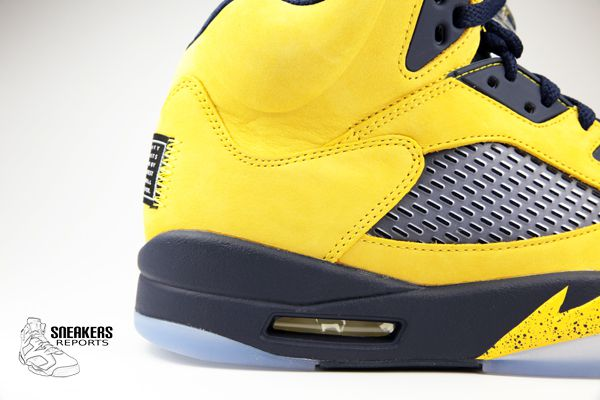 "Nike Air Jordan V rétro Michigan ""Inspire"""