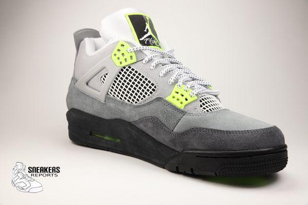 Nike Air Jordan IV Rétro Néon Volt