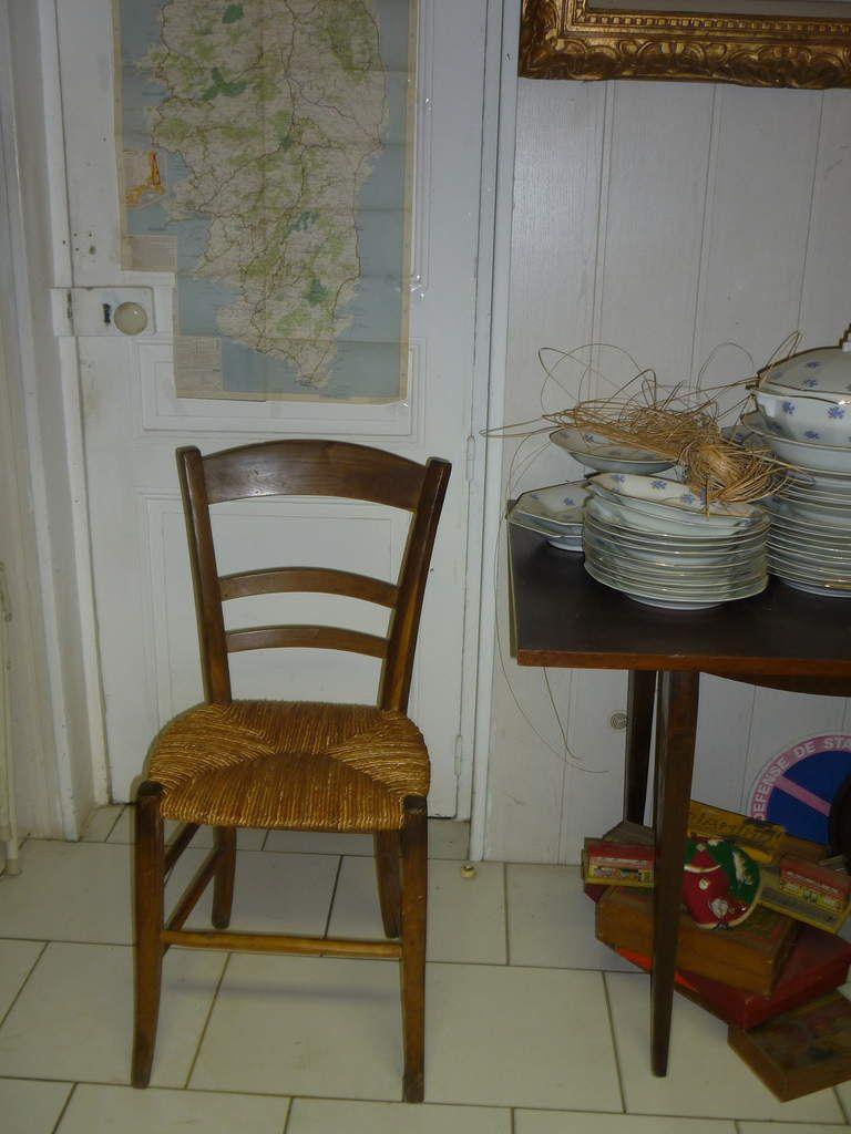 chaise de cuisine paillée ancienne