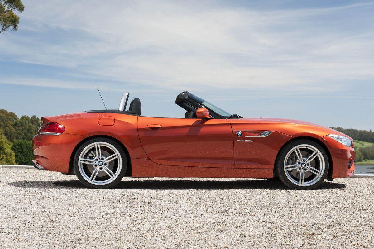 VOITURES DE LEGENDE (692) : BMW Z4 sDRIVE 18i ROADSTER - 2013