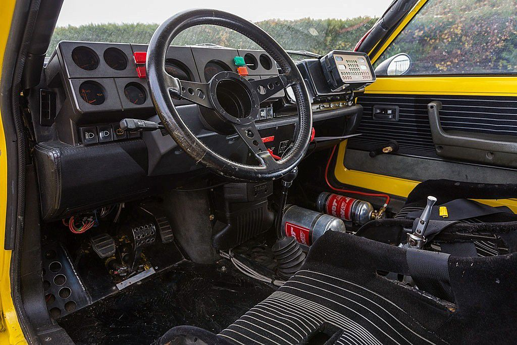 "VOITURES DE LEGENDE (714) : RENAULT 5 TURBO  ""TOUR DE CORSE"" - 1983"