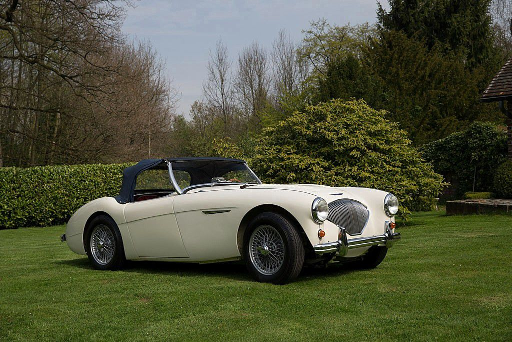 VOITURES DE LEGENDE (740) : AUSTIN HEALEY  100M - 1956