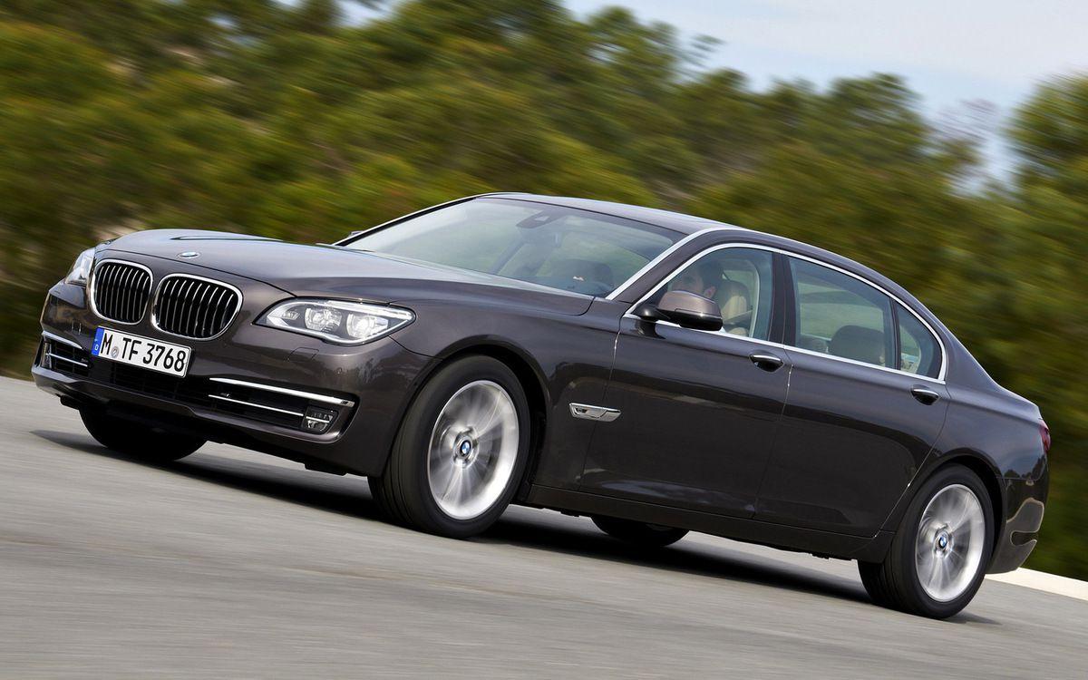 """VOITURES DE LEGENDE (743) : BMW  """"Série 7""""  750 Li - 2012"""