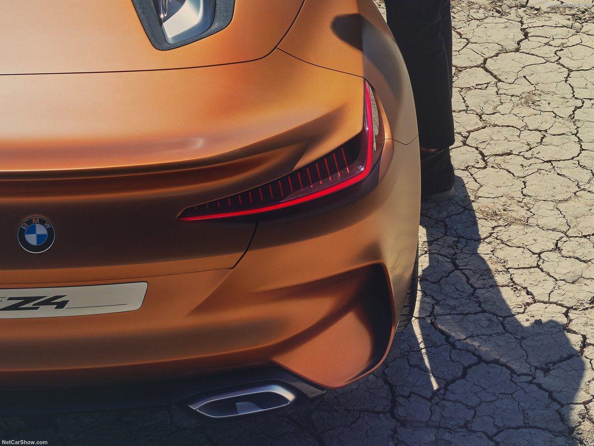 VOITURES DE LEGENDE (761) : BMW  CONCEPT Z4 - 2017