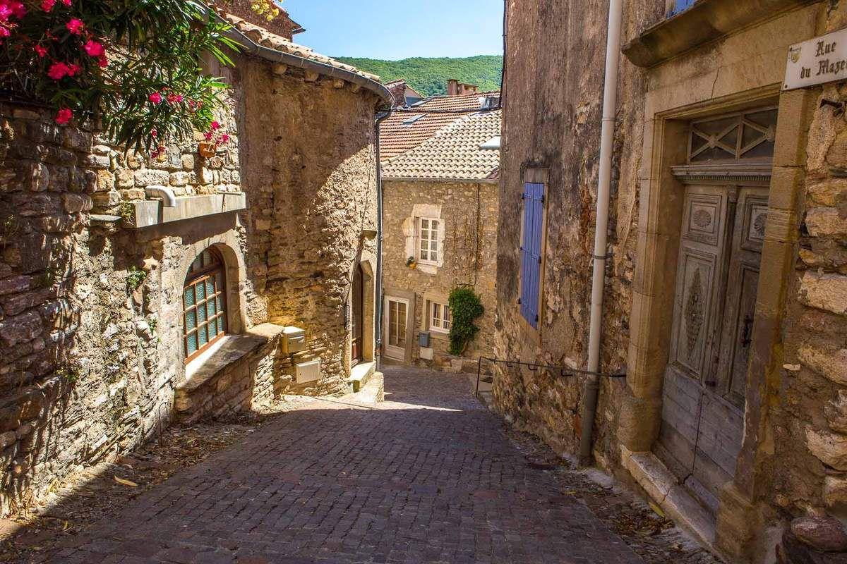 LES PLUS BEAUX VILLAGES DE FRANCE : OLARGUES (HERAULT)