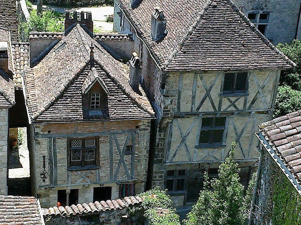 LES PLUS BEAUX VILLAGES DE FRANCE : SAINT-CIRQ-LAPOPIE  (LOT)
