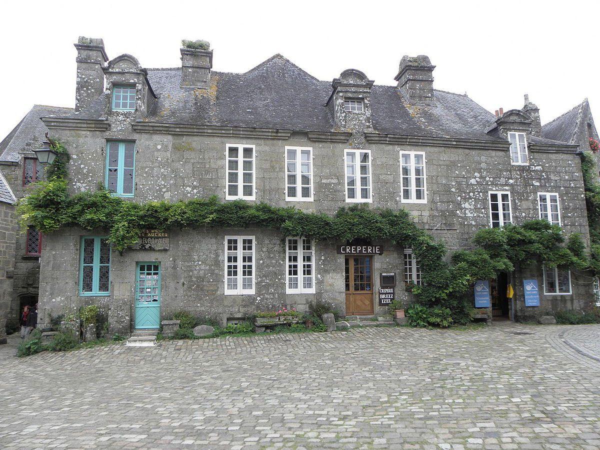 LES PLUS BEAUX VILLAGES DE FRANCE : LOCRONAN  (FINISTERE)