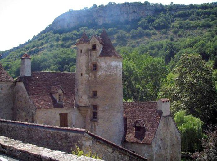 LES PLUS BEAUX VILLAGES DE FRANCE : AUTOIRE  (LOT)