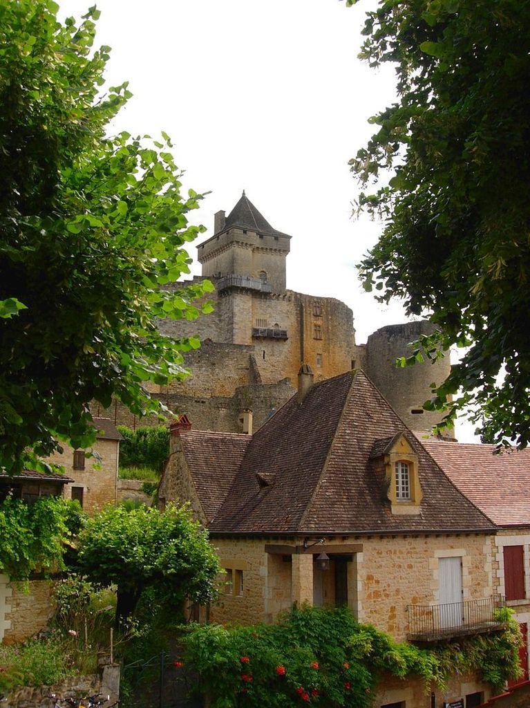 LES PLUS BEAUX VILLAGES DE FRANCE : CASTELNAUD-LA-CHAPELLE  (DORDOGNE)