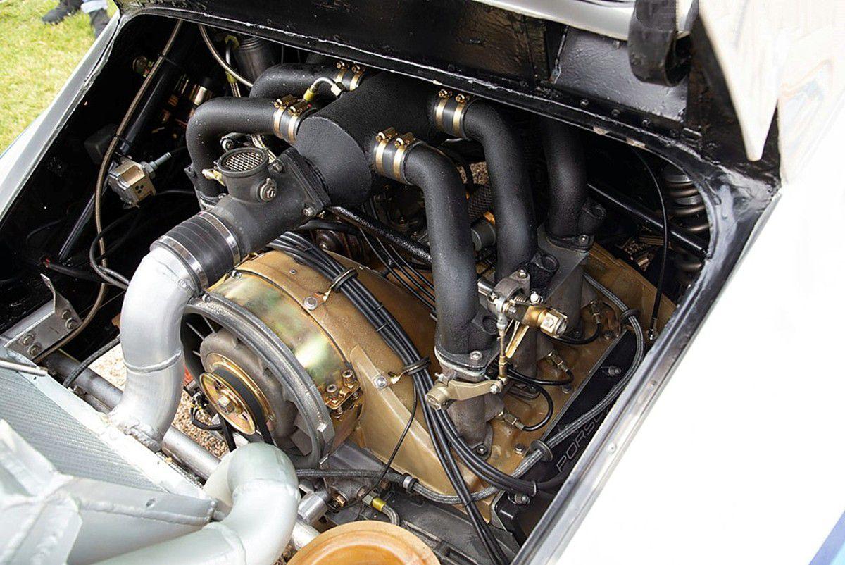 VOITURES DE LEGENDE (826) : PORSCHE 911 CARRERA RSR  TURBO  2.1L - 1974