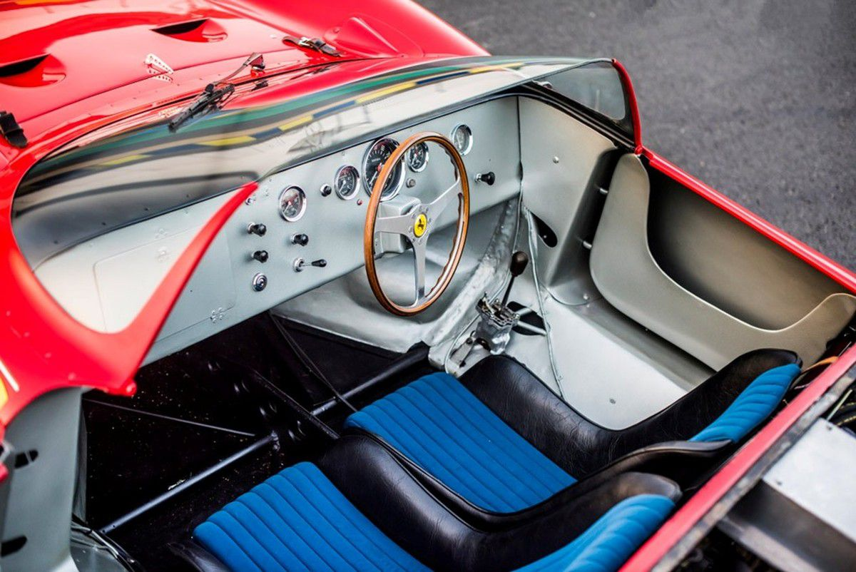 VOITURES DE LEGENDE (832) : FERRARI  275 P - 1964