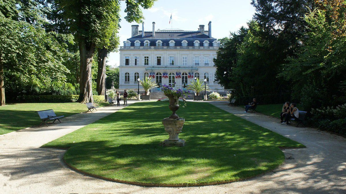 TRESORS DU PATRIMOINE FRANCAIS : EPERNAY  (MARNE)