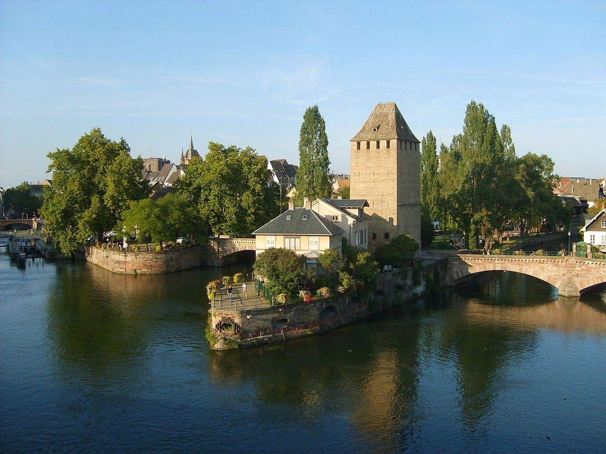 TRESORS DU PATRIMOINE FRANCAIS : STRASBOURG  (BAS-RHIN) - LA PETITE FRANCE