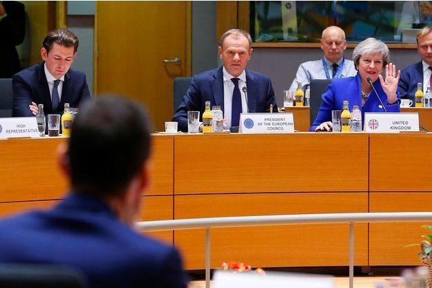 BREXIT : QUE CONTIENT L'ACCORD APPROUVE PAR L'UNION EUROPEENNE ?