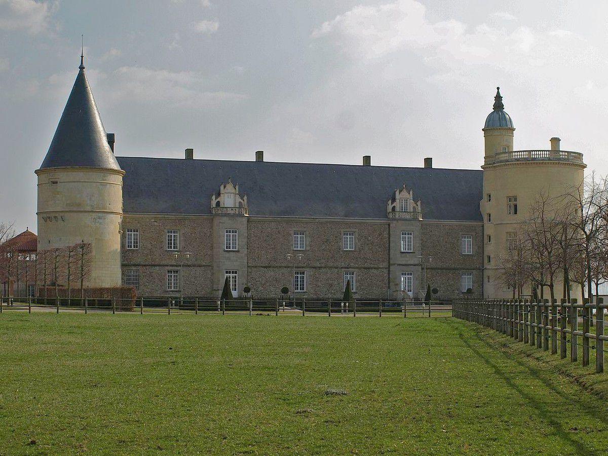 TRESORS DU PATRIMOINE FRANCAIS : CHATEAU DE BOUTHEON  (LOIRE)