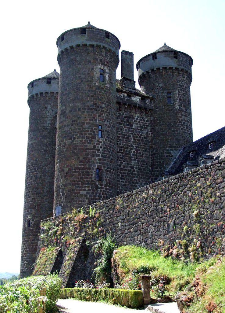 TRESORS DU PATRIMOINE FRANCAIS : TOURNEMIRE  (CANTAL) - LE CHATEAU D'ANJONY