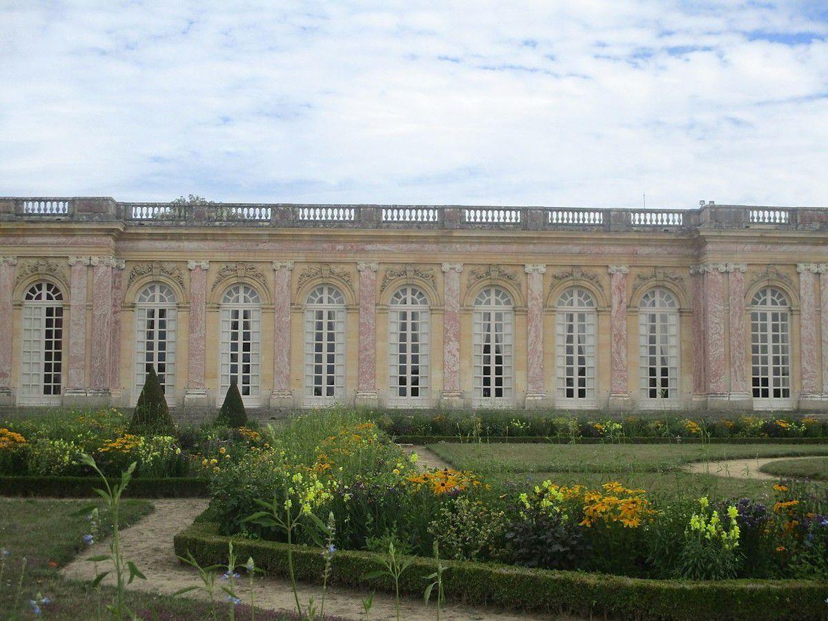 TRESORS DU PATRIMOINE FRANCAIS : VERSAILLES (YVELINES) - LE GRAND TRIANON