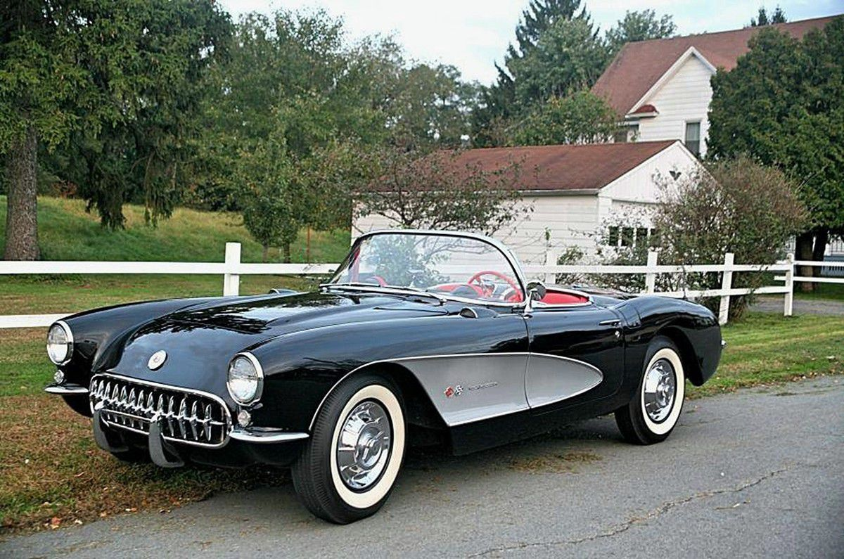 VOITURES DE LEGENDE (900) : CHEVROLET CORVETTE  C1 - 1957