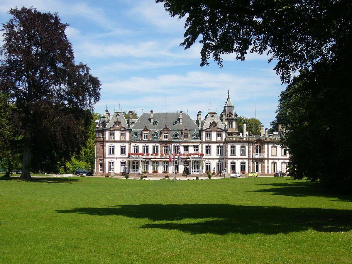 TRESORS DU PATRIMOINE FRANCAIS : STRASBOURG  (BAS-RHIN) - LE CHATEAU DE POURTALES