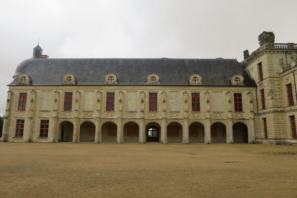TRESORS DU PATRIMOINE FRANCAIS : OIRON  (DEUX-SEVRES) - LE CHATEAU