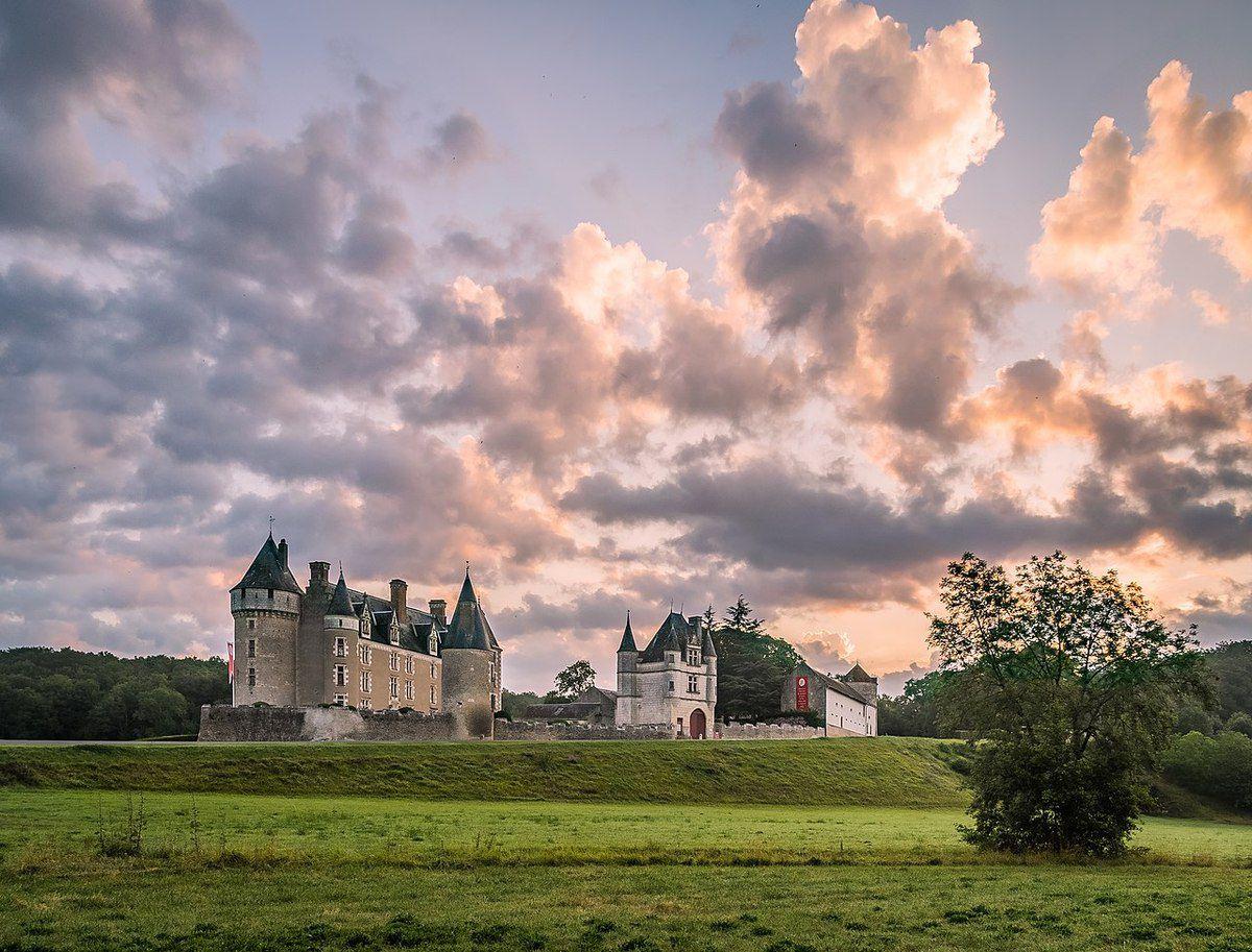 TRESORS DU PATRIMOINE FRANCAIS : LE CHATEAU DE MONTPOUPON  (INDRE-ET-LOIRE)
