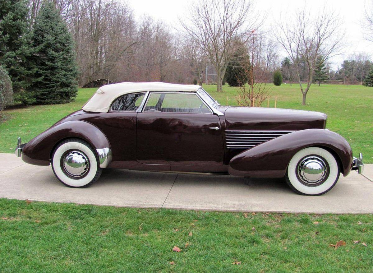 VOITURES DE LEGENDE (951) : CORD  810 PHAETON CONVERTIBLE - 1937