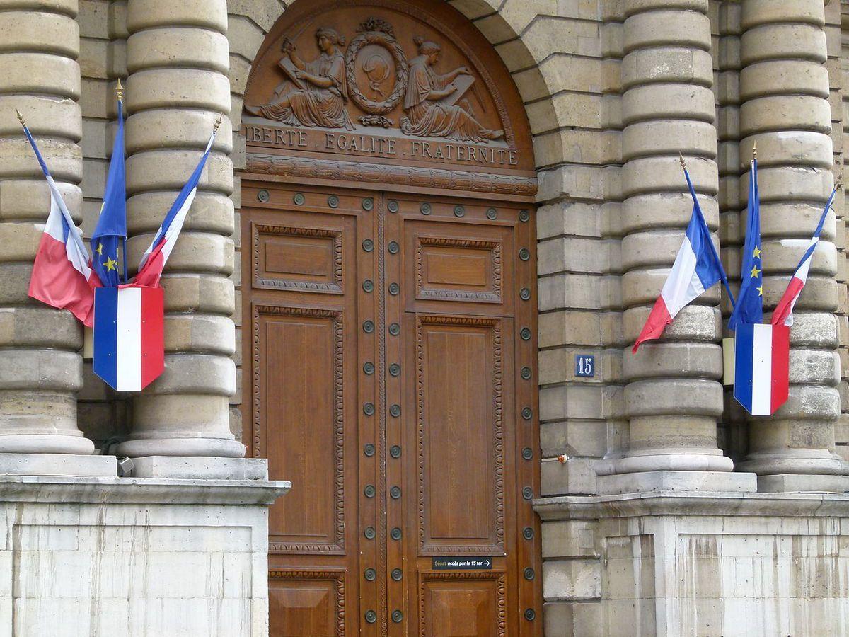 TRESORS DU PATRIMOINE FRANCAIS : PARIS - LE PALAIS DU LUXEMBOURG