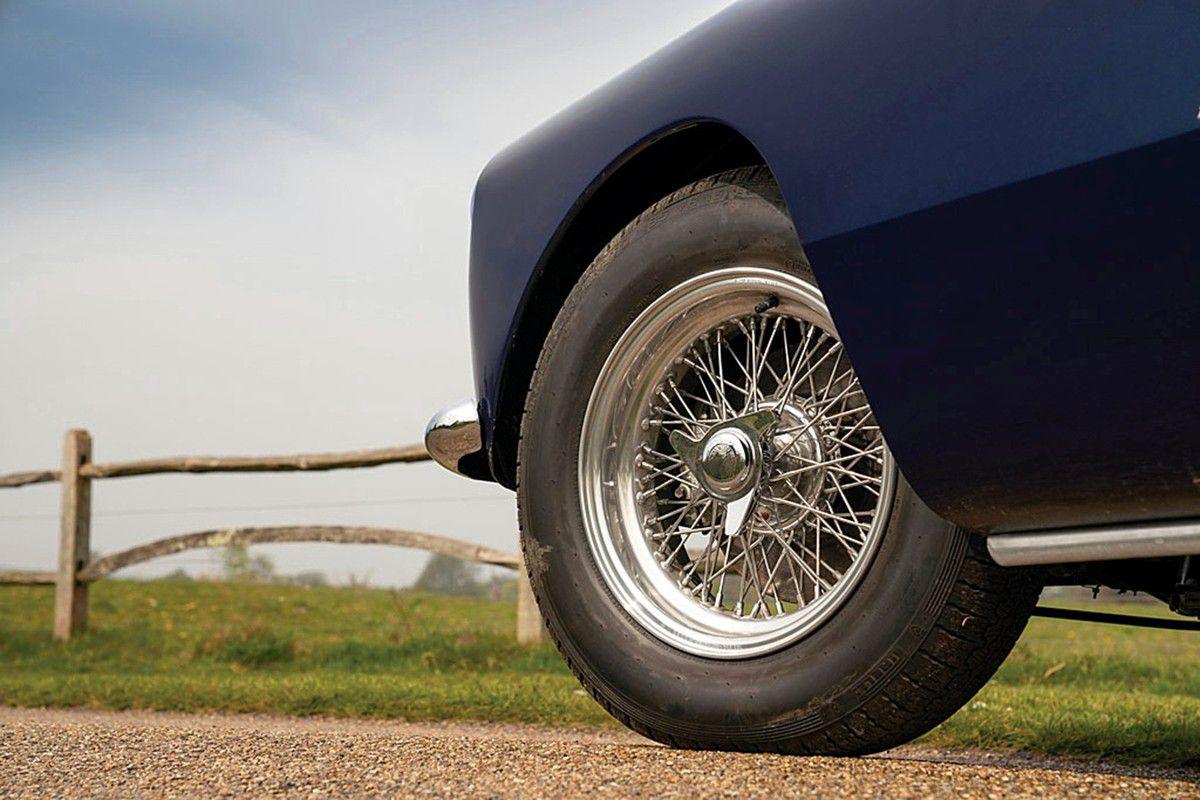 VOITURES DE LEGENDE (958) FERRARI  250 GT PININ FARINA COUPE - 1958