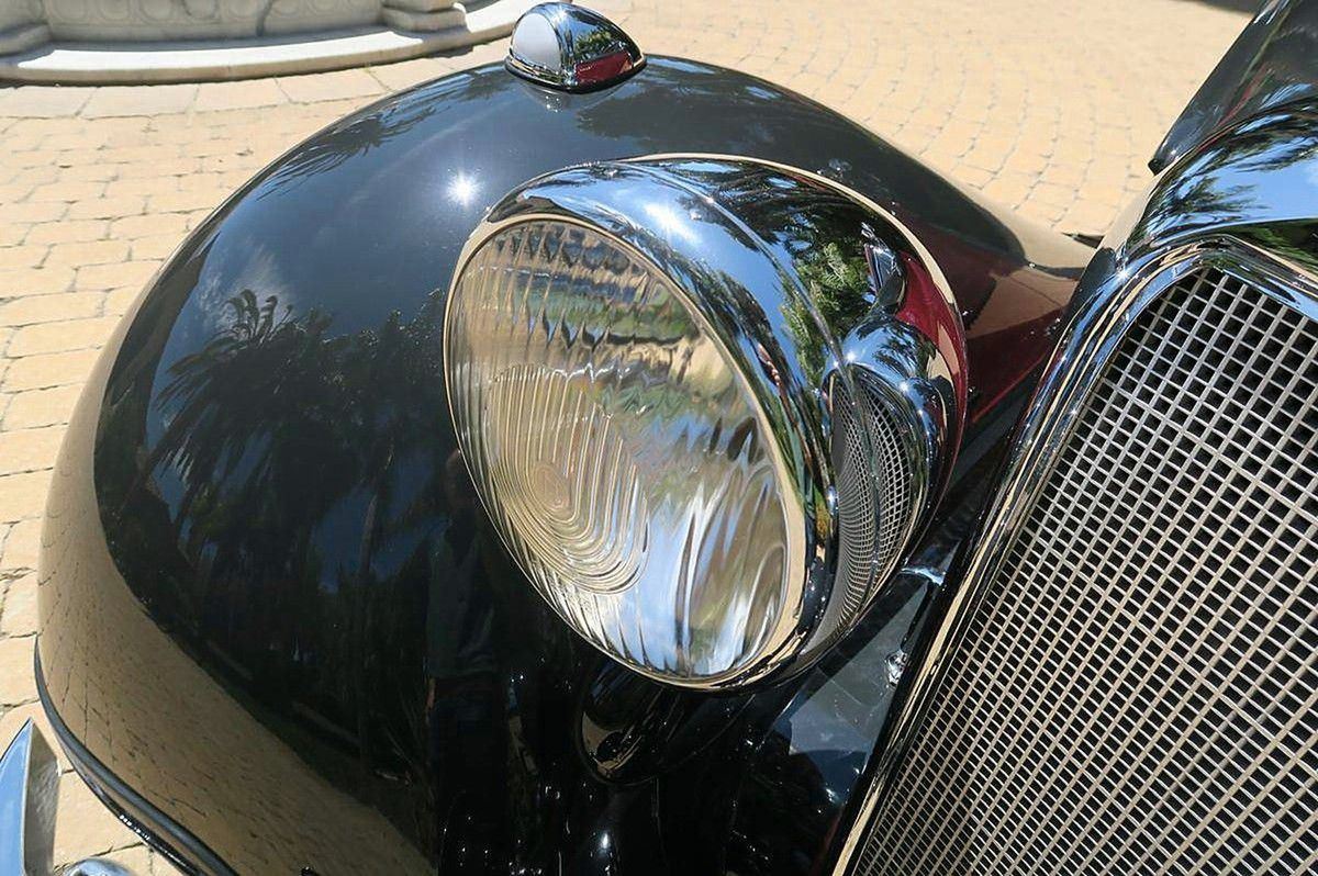 VOITURES DE LEGENDE (1000) : MERCEDES-BENZ  320A  CABRIOLET - 1938