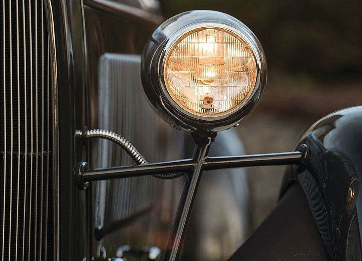 VOITURES DE LEGENDE (1006) : FORD  MODEL 18  V8 EDSEL SPECIAL SPEEDSTER - 1932